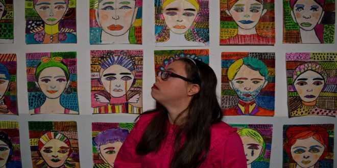 Εξ αποστάσεως εργαστήριο από την καλλιτέχνιδα με σύνδρομο Down Λωξάντρα Λούκας – Λόγος της Πέλλας